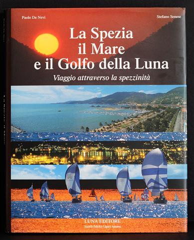 Copertina Libro La Spezia il Mare e il Golfo della Luna